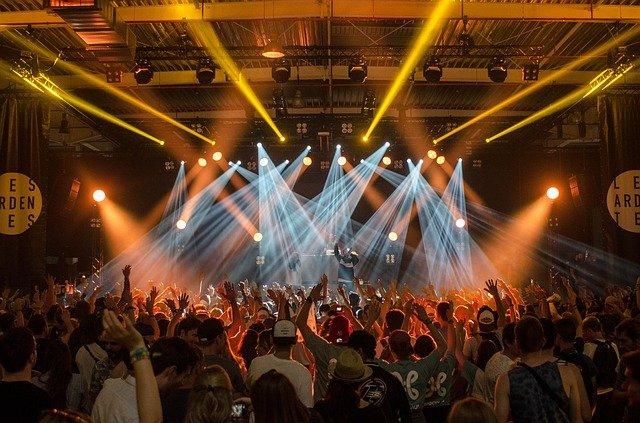 koncert se světelnou show
