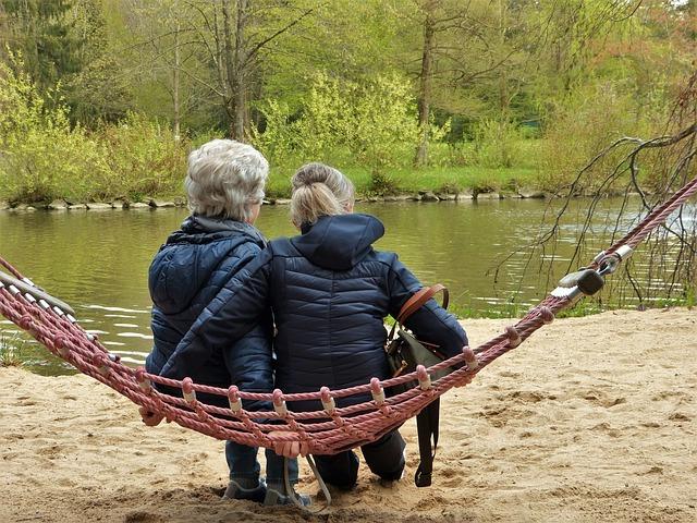 stárnoucí důchodci