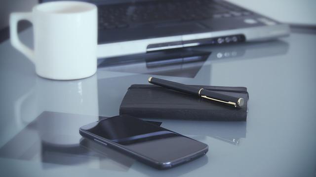 zápisník pracoviště káva