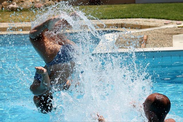 salto do bazénu