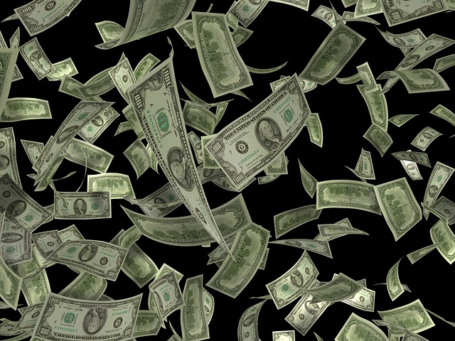 létání peněz