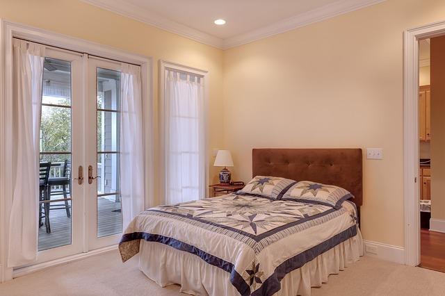 koženková postel