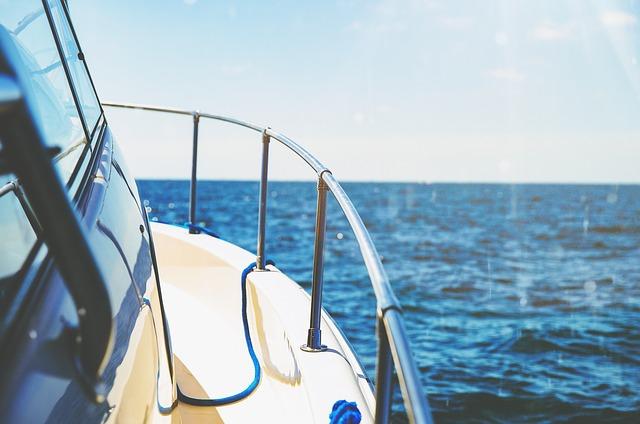 Nerezové zábradlí na jachtě
