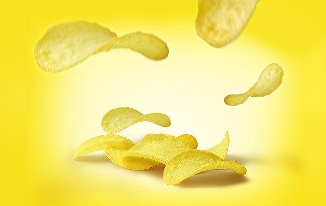 chipsy, nezdravé jídlo